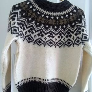 Woolrich white brown vintage sweater